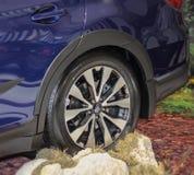 Servië; Belgrado; 2 april, 2017; Dichte omhooggaand van Subaru-binnenland Royalty-vrije Stock Foto's
