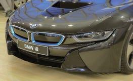 Servië; Belgrado; 2 april, 2017; Masker van BMW i8; de 53ste Intern Stock Afbeelding