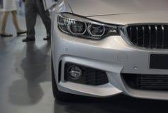 Servië; Belgrado; 2 april, 2017; Sluit van BMW omhoog 4 reeksenvoorzijde; Stock Afbeeldingen