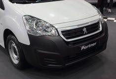 Servië; Belgrado; 24 maart, 2018; Peugeot-Partnervoorzijde; 54t Stock Foto's