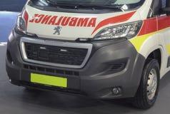 Servië; Belgrado; 24 maart, 2018; Peugeot-ziekenwagenvoorzijde; 5 Royalty-vrije Stock Afbeeldingen