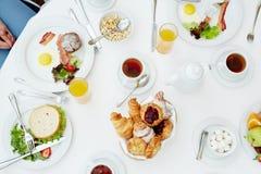 Servi au petit déjeuner Images stock