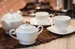 Service à thé. Images stock