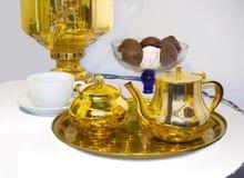 Service à thé russe de cru photo stock