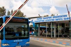 Service d'autobus de ville sur l'île de la Chypre Photo stock
