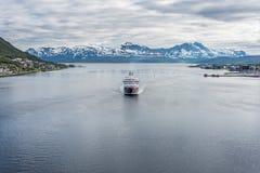 Service d'expédition de Hurtigruten en Norvège Photographie stock
