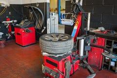 Service de pneu Image stock