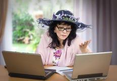 Service en ligne de psychothérapie Images libres de droits