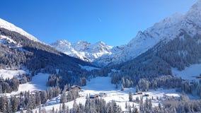 service informatique d'amour du beautiluf i d'Alpes de montagne Photos libres de droits