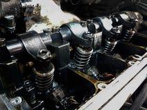 Service ouvert de voiture de pistons de moteur de voiture image stock