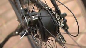 Servicio de mantenimiento de la bicicleta Junta de una nueva bici almacen de video