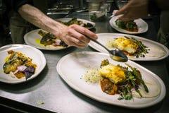 Servicio del restaurante Fotos de archivo libres de regalías