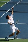 Servicio del tenis de Tim Henman Fotografía de archivo libre de regalías
