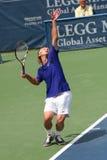 Servicio del tenis (Peter Polansky) Imágenes de archivo libres de regalías