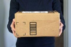 Servicio a domicilio del paquete fotos de archivo