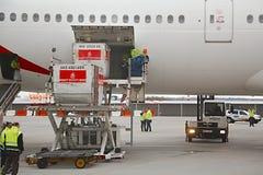 Servicio en tierra de los aviones Fotografía de archivo libre de regalías
