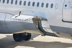 Servicio en tierra de los aviones Fotos de archivo libres de regalías