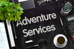 Servicios de la aventura en la pizarra negra representación 3d Fotos de archivo