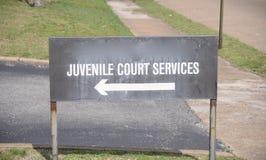 Servicios de la corte juvenil fotografía de archivo