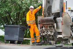 Servicios de reciclaje urbanos de la basura y de la basura fotos de archivo libres de regalías