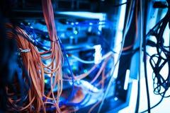 Servidores do armazenamento na sala doméstica da sala dos dados Imagem de Stock Royalty Free