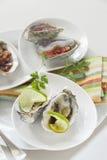 Servierplatte von Austern stockfotografie