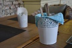 Serviette и столовый прибор стоковая фотография