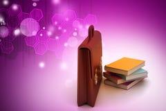 Serviette et livres en cuir Photos libres de droits