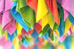 Serviettes accrochantes colorées Photo libre de droits