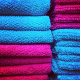 Serviettes rouges et bleues Image stock