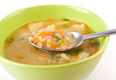 Serving of lentil chicken soup Royalty Free Stock Photos
