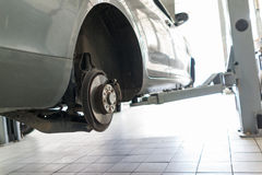 Serviço de reparação de automóveis Foto de Stock Royalty Free
