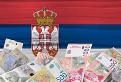 Servisch vlag en geld Royalty-vrije Stock Fotografie