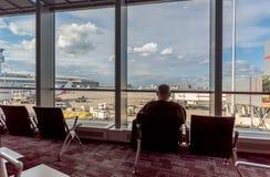 Servizio æreo moderno nell'aeroporto per i passeggeri ed i bagagli, co Fotografia Stock Libera da Diritti
