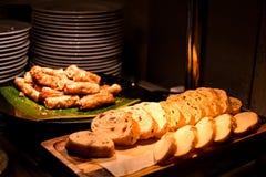 Servizio del pane di Cutted fotografie stock