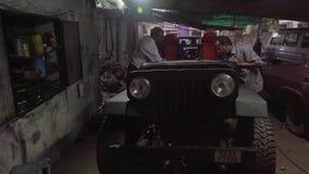 Servizio dell'automobile in Goa del nord video d archivio