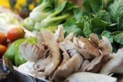 Servizio della verdura dell'azienda agricola Fotografie Stock