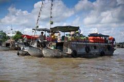 Servizio di galleggiamento di Cantho Immagine Stock Libera da Diritti