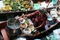 Servizio di galleggiamento in Tailandia Immagini Stock