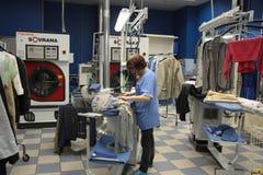 Servizio di lavaggio a secco Fotografia Stock Libera da Diritti