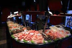 Servizio di pesci di Rialto a Venezia Immagini Stock Libere da Diritti