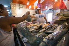 Servizio di pesci a Hong Kong Fotografie Stock Libere da Diritti