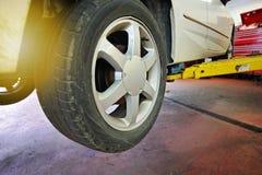Servizio di riparazione professionale dell'automobile Immagine Stock
