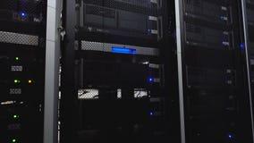 Serweru pokój Sieć internet i sieci telekomunikacji technologia Obłoczny oblicza datacenter serweru pokój zdjęcie wideo