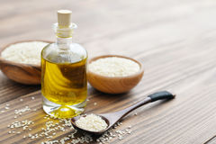 Sesame seeds and oil Stock Photography