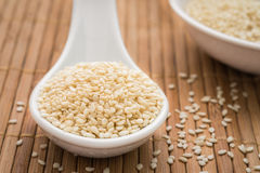 Sesame seeds on spoon Stock Photography