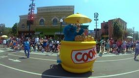 Sesame Street-Partei-Parade bei Seaworld im internationalen Antriebsbereich stock video