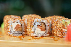 Sesame sushi rolls Royalty Free Stock Images