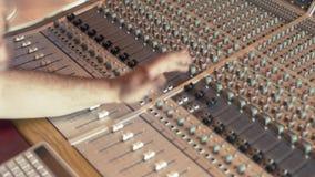 Sesión de mezcla de la grabación de la música metrajes