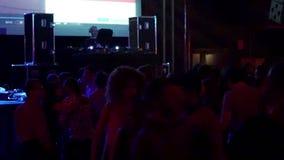 Sesión Sala Apolo de DJ del partido de disco de la noche de Barcelona metrajes